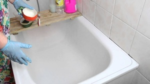 How to wash a bath of plaque and yellowing at home: effective tools and methods