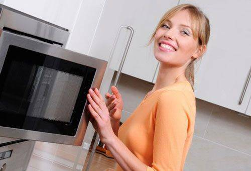 How to warm up the food in the microwave correctly( pizza, porridge, chicken, baby food)?