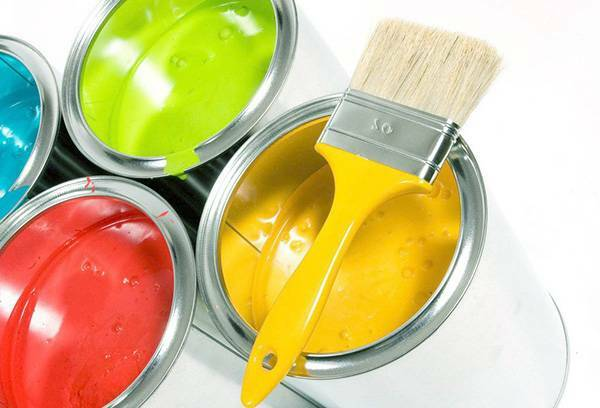 Than to paint wooden floors correctly - advice of professionals