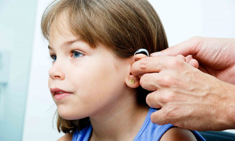 How to choose a hearing aid for the elderly - advice from specialists
