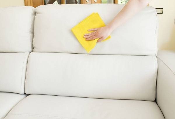 How and how to clean the sofa and upholstered furniture at home from dirt, without spoiling the covers?